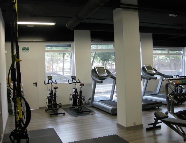 Detalle interior 1 proyecto gimnasio Triatlon Running